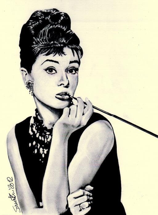 Audrey Hepburn by simoflame